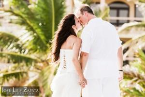 Destination Weddings Belize Photographer | Belize Wedding Photography | Intimate Weddings