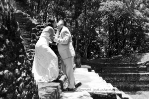 Jose Luis Zapata Wedding Photography | Photographer Belize | Maya Ruin Wedding Pictures | Belize Weddings (12)