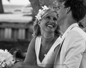 Jose Luis Zapata Wedding Photography | Photographer Belize | Real Moments Wedding Pictures | Belize Weddings