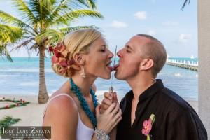 Destination Weddings Belize Photographer | Belize Wedding Photography | Elope Weddings