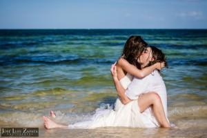 Trash the Dress in Mahahual Mexico | International Destination Wedding Photographer | Romantic Wedding Photography