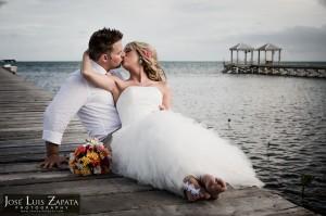 Destination Weddings Belize Photographer | Belize Wedding Photography | Island Weddings