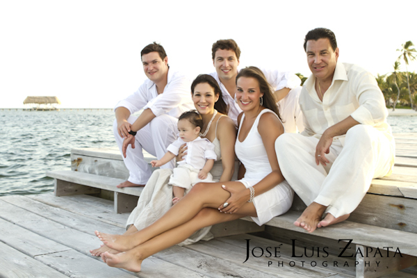 Family photo shoot at the Victoria House Resort, Ambergris Caye, Belize by Jose Luis Zapata Photography