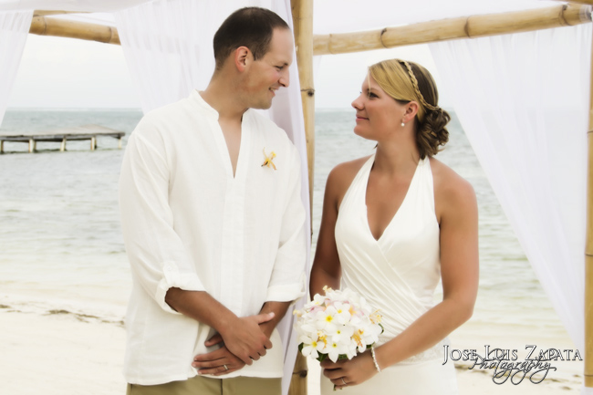 Beach Wedding Coco Beach | Ambergris Caye Photographer