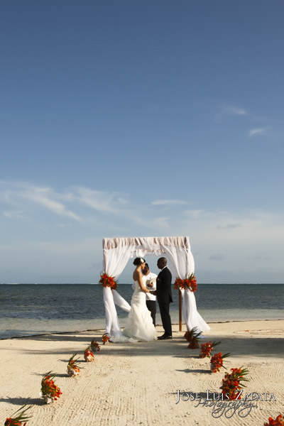 Luxury Elopement, Coco Beach Resort, Ambergris Caye, Belize
