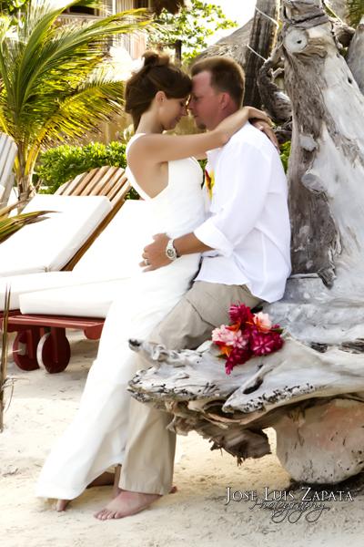 Caribbean Wedding Attire on Dress Wedding 06 150x150 Trash The Dress   Destination Wedding In