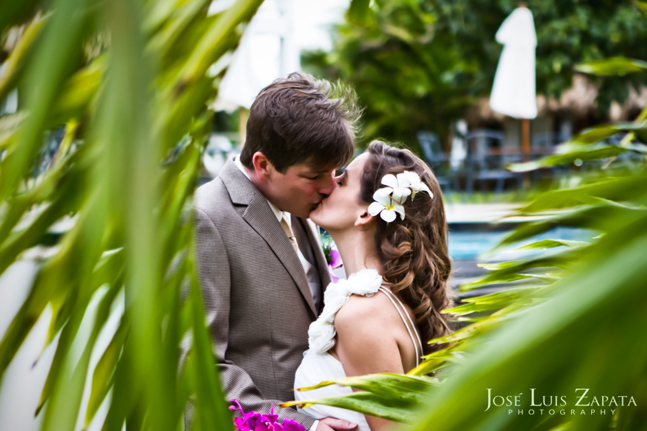 Belize Photographer | Belize Weddings | Artistic Wedding Photography | Destination Wedding Photography in Belize | Artistic Photojournalism