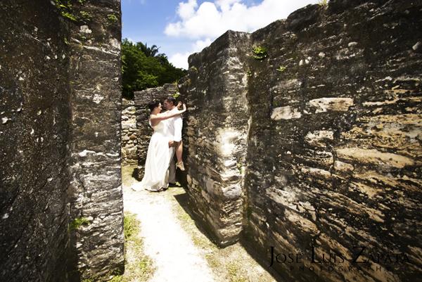 Destination Wedding Photography | Maya Reef Wedding | Mayan Ruin Wedding | Jose Luis Zapata Belize Photographer (8)