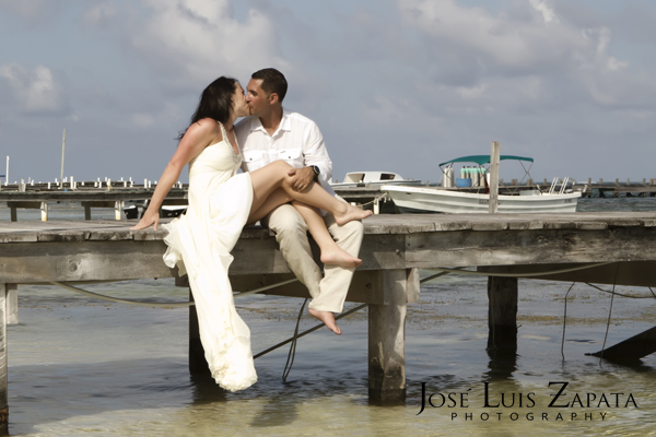 Destination Wedding Photography | Maya Reef Wedding | Jose Luis Zapata Belize Photographer