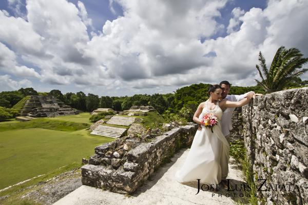 Destination Wedding Photography | Maya Reef Wedding | Mayan Ruin Wedding | Jose Luis Zapata Belize Photographer (13)