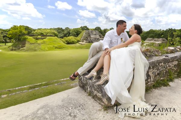 Destination Wedding Photography | Maya Reef Wedding | Mayan Ruin Wedding | Jose Luis Zapata Belize Photographer (12)