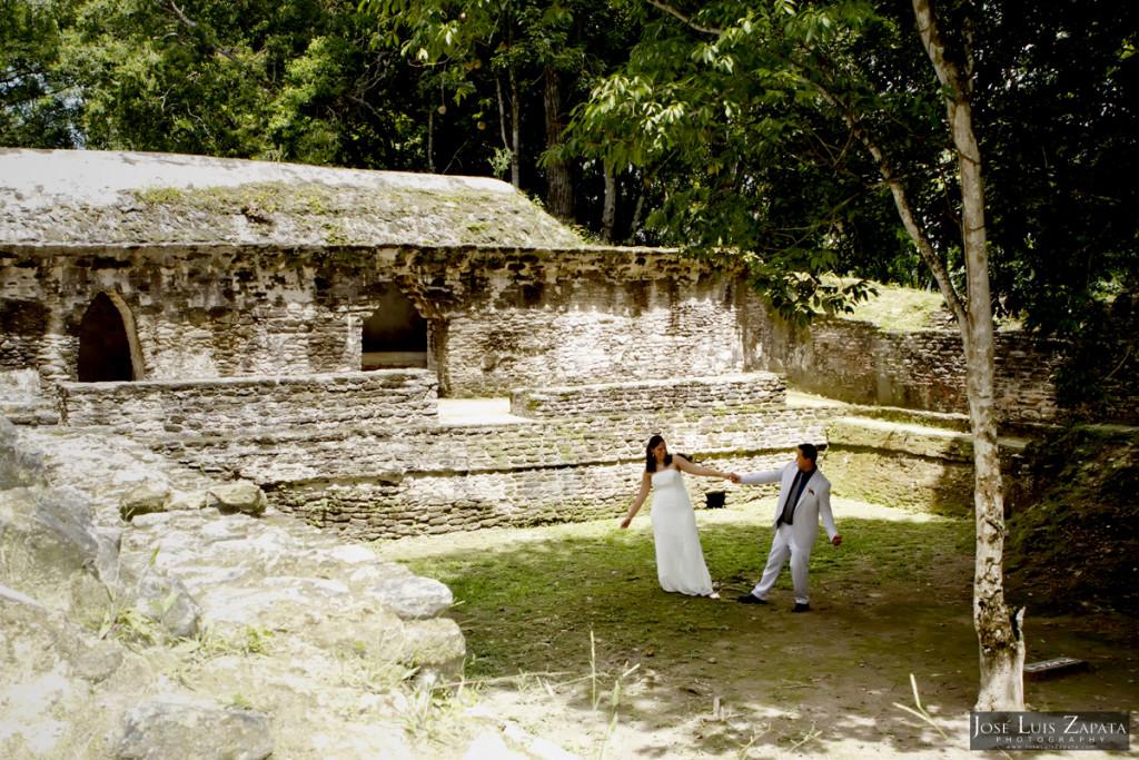 Cahal Pech Mayan Ruin Wedding - Mayan Weddings - SaCahal Pech Mayan Ruin Wedding - Mayan Weddings - San Ignacio, Cayo, Belize