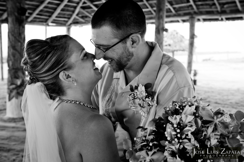 Belize Weddings - Old Belize - Jose Luis Zapata Photography - Destination Wedding Photographer