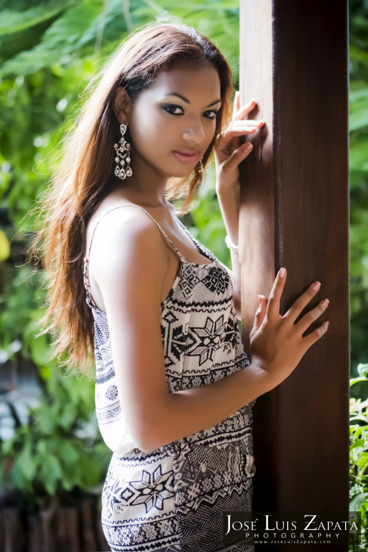 Miss Continente Americano 2012 Miss Belize Chantae Chanice Guy (1)