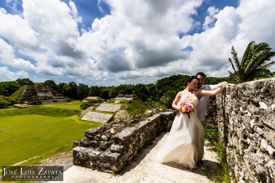 Mayan Ruin Wedding Belize | Altun Ha Maya Site | Destination Wedding Photographer | Jose Luis Zapata