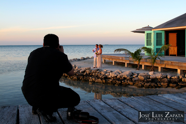Belize Photographer | Photographer for Weddings in Belize | Jose Luis Zapata Photography | Private sland Resort Cayo Espanto Private Wedding