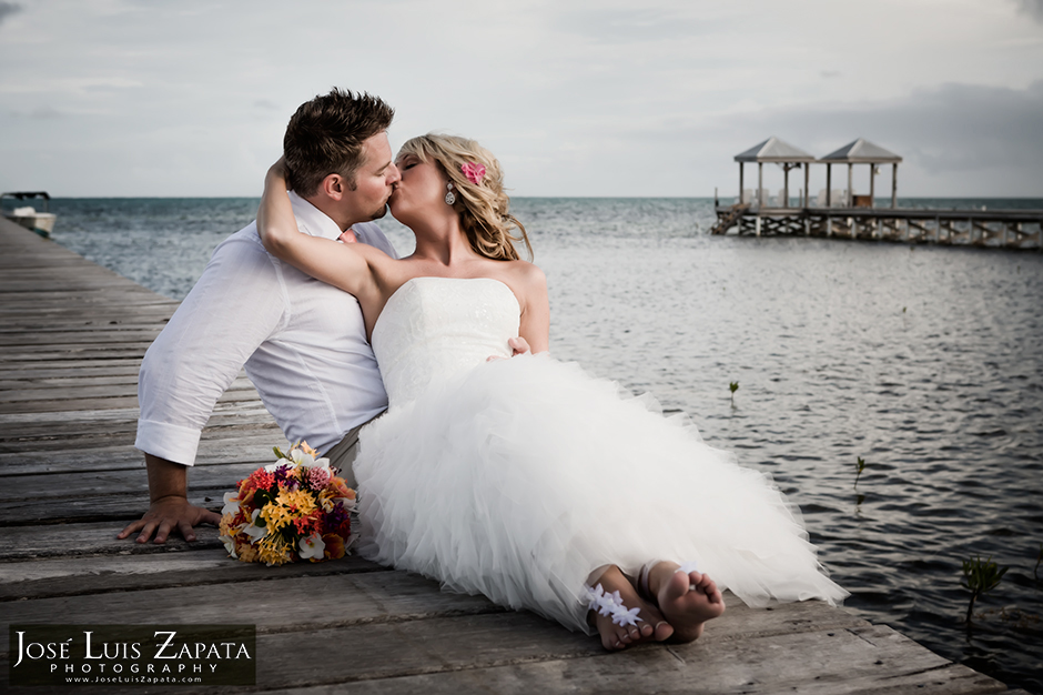 Wedding at Villa Incommunicada | Jose Luis Zapata Photography | Belize Photographer