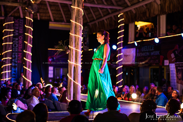 Belize Fashion Week | Fido's Courtyard | Ambergris Caye Belize | Jose Luis Zapata Photography | Fashion, Event, Wedding Photographer (33)