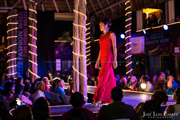 Belize Fashion Week | Fido's Courtyard | Ambergris Caye Belize | Jose Luis Zapata Photography | Fashion, Event, Wedding Photographer (10)