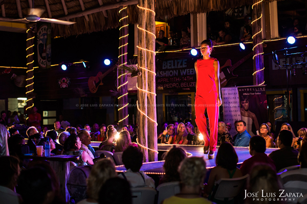 Belize Fashion Week | Fido's Courtyard | Ambergris Caye Belize | Jose Luis Zapata Photography | Fashion, Event, Wedding Photographer (9)