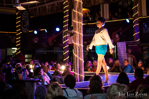 Belize Fashion Week | Fido's Courtyard | Ambergris Caye Belize | Jose Luis Zapata Photography | Fashion, Event, Wedding Photographer (8)