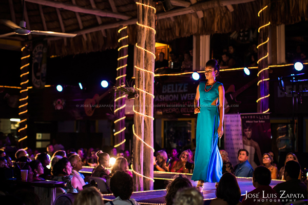 Belize Fashion Week | Fido's Courtyard | Ambergris Caye Belize | Jose Luis Zapata Photography | Fashion, Event, Wedding Photographer (7)