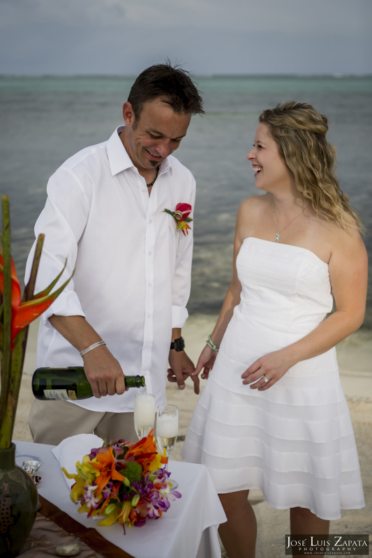 Destination Beach Wedding Mata Chica Resort Ambergris Caye San Pedro Belize Photographer (12)