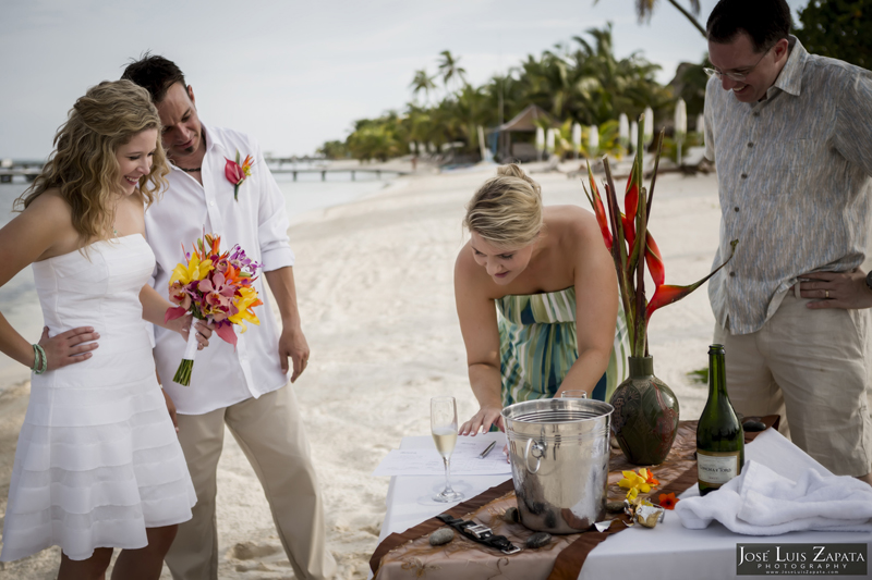 Destination Beach Wedding Mata Chica Resort Ambergris Caye San Pedro Belize Photographer (16)