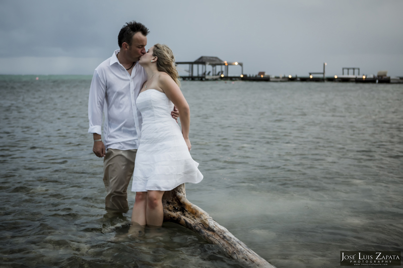 Destination Beach Wedding Mata Chica Resort Ambergris Caye San Pedro Belize Photographer (32)