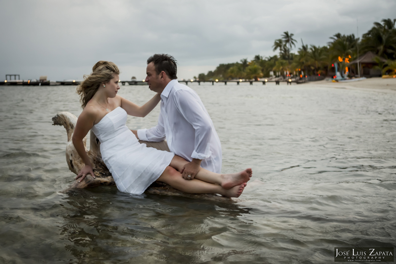 Destination Beach Wedding Mata Chica Resort Ambergris Caye San Pedro Belize Photographer (33)