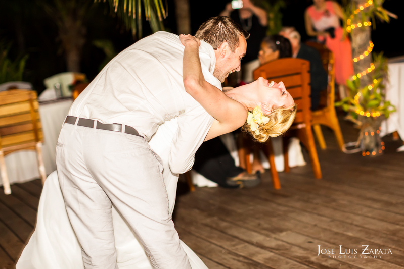 Placencia Luxury Belize Wedding |  Chabil Mar Boutique Resort | Jose Luis Zapata Photography (33)