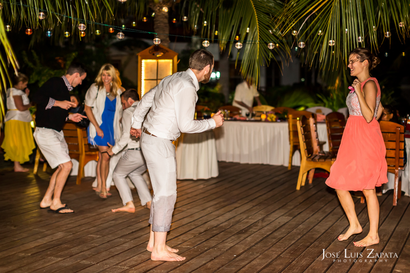 Placencia Belize Wedding |  Chabil Mar Boutique Resort | Jose Luis Zapata Photography (34)