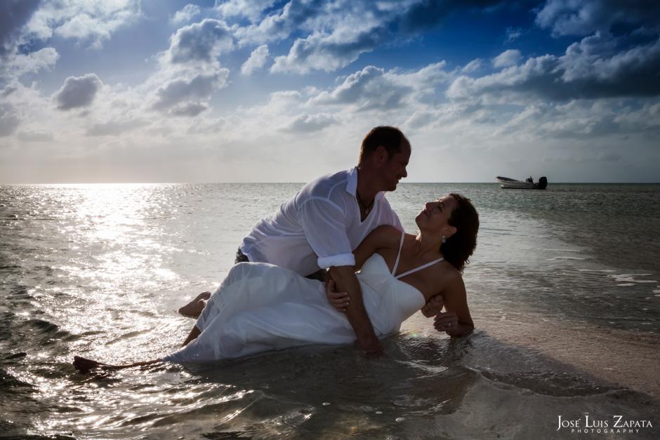 Sandbar Wedding - Destination Wedding, Sandbar Island Wedding, Ambergris Caye, Belize | Jose Luis Zapata Photography, International Destination Wedding Photographer