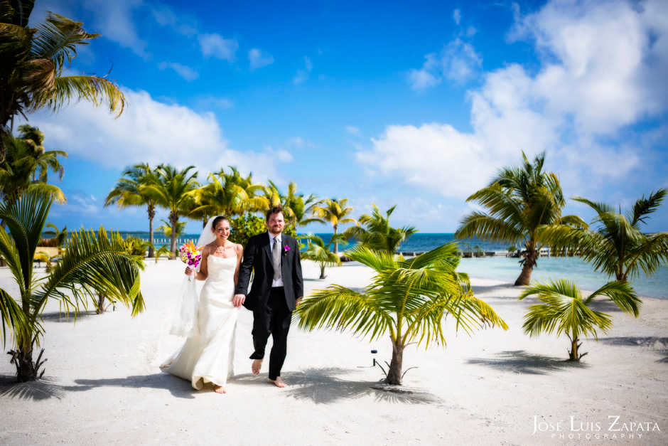 Trash the Vera Wang | Trash the Dress at Turneffe Island Resort | Destination Belize Wedding Photographer | Jose Luis Zapata Photography (6)