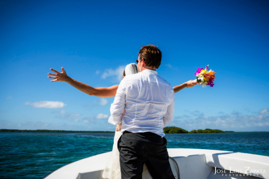 Trash the Vera Wang | Trash the Dress at Turneffe Island Resort | Destination Belize Wedding Photographer | Jose Luis Zapata Photography (28)