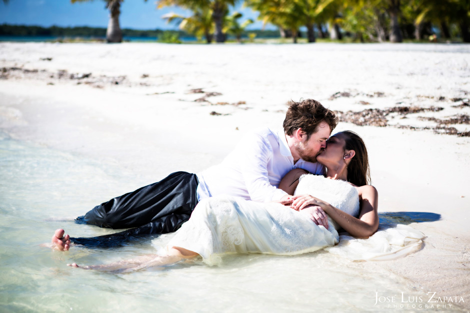 Trash the Vera Wang | Trash the Dress at Turneffe Island Resort | Destination Belize Wedding Photographer | Jose Luis Zapata Photography (35)