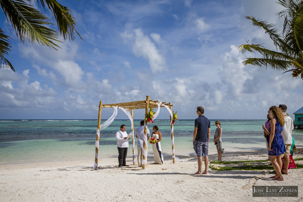 Belize Weddings | Belize Wedding at Tranquility Bay Resort, Ambergris Caye, Island Beach Wedding