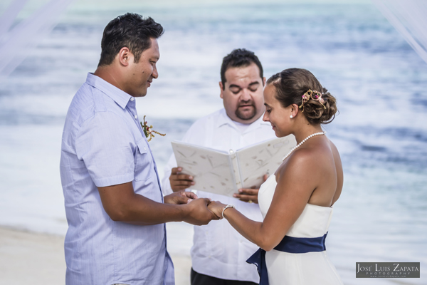 Belize Wedding at Tranquility Bay Resort, Ambergris Caye, Island Beach Wedding (13)