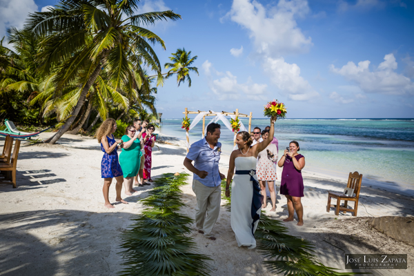 Belize Wedding at Tranquility Bay Resort, Ambergris Caye, Island Beach Wedding (17)
