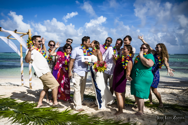 Belize Wedding at Tranquility Bay Resort, Ambergris Caye, Island Beach Wedding (22)