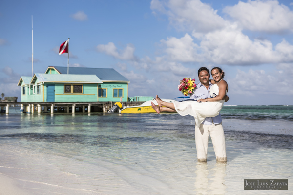 Belize Wedding at Tranquility Bay Resort, Ambergris Caye, Island Beach Wedding (30)