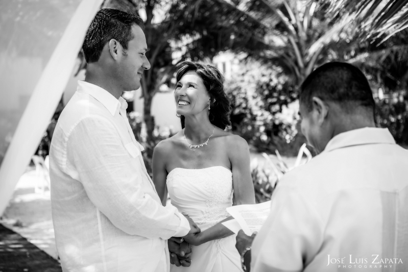 Las Terrazas Beach Wedding Ambergris Caye Belize Photographer (8)