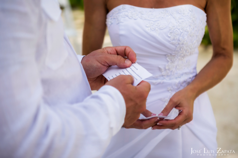 Las Terrazas Beach Wedding Ambergris Caye Belize Photographer (9)