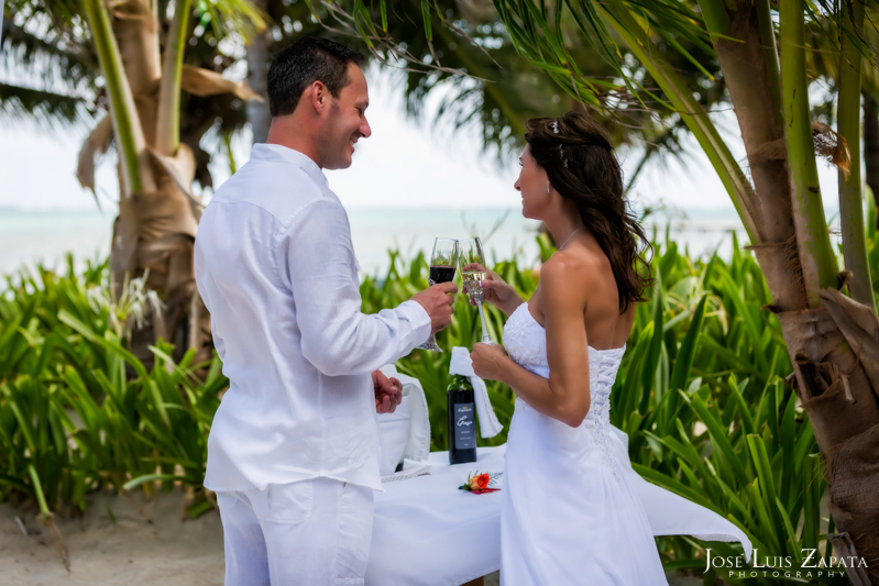 Las Terrazas Beach Wedding Ambergris Caye Belize Photographer (10)