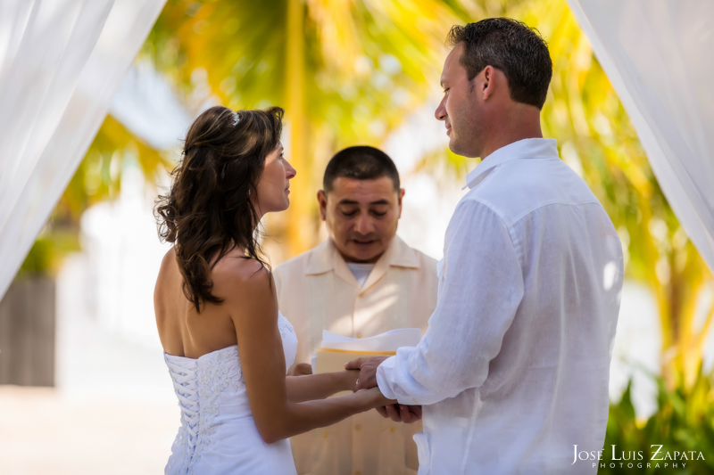 Las Terrazas Beach Wedding Ambergris Caye Belize Photographer (13)
