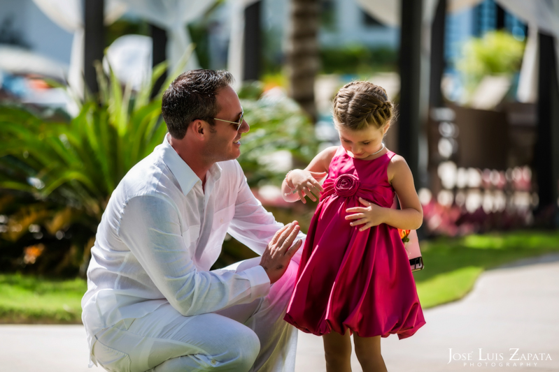 Las Terrazas Resort | Las Terrazas Beach Wedding Ambergris Caye Belize Photographer