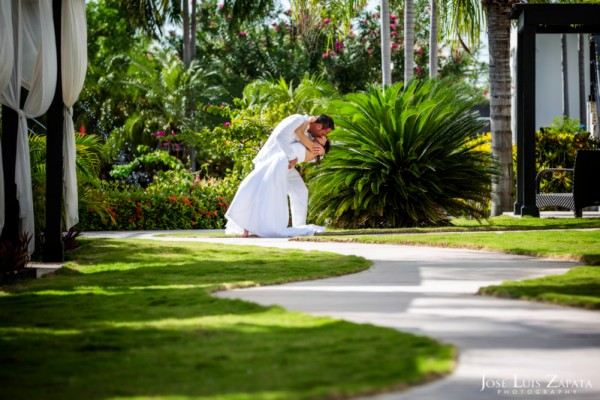 Las Terrazas Beach Wedding Ambergris Caye Belize Photographer (17)