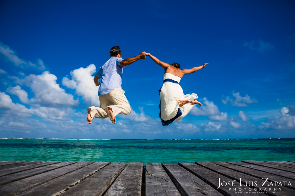Vicke & Fong Hang, Taking the Plunge, Tranquility Bay Resort, Ambergris Caye, Belize