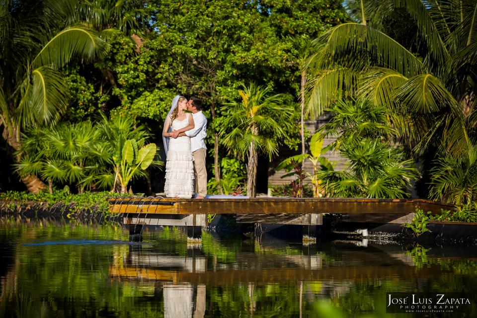 Resort Wedding Photography, Ambergris Caye - Jose Luis Zapata Photographer