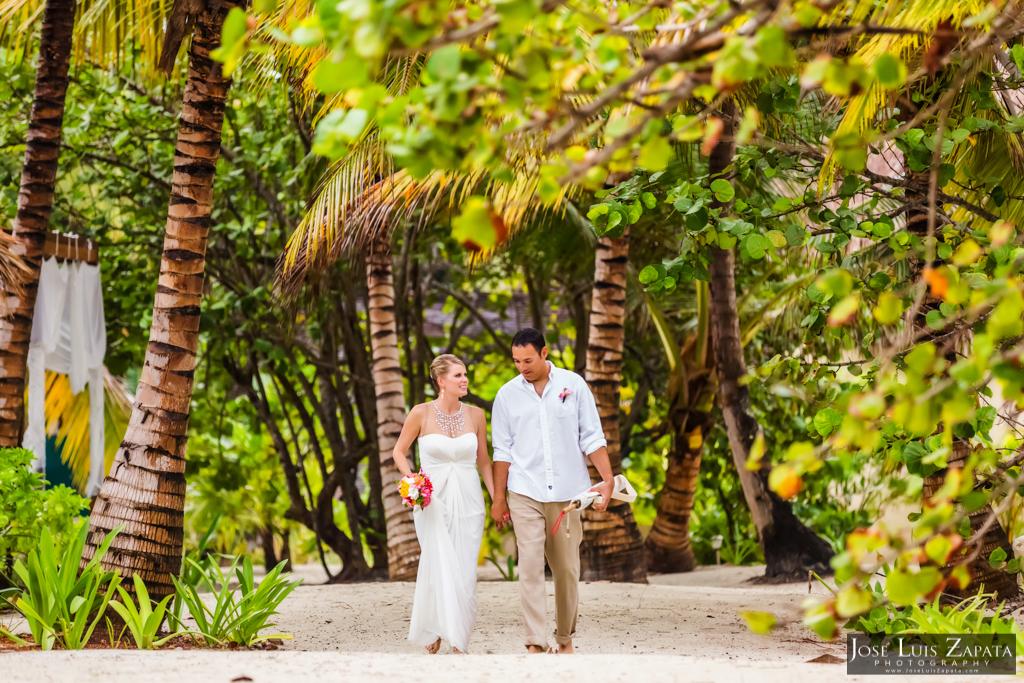 San Pedro Barefoot Weddings. La Isla Bonita, Belize Photographer Jose Luis Zapata (10)